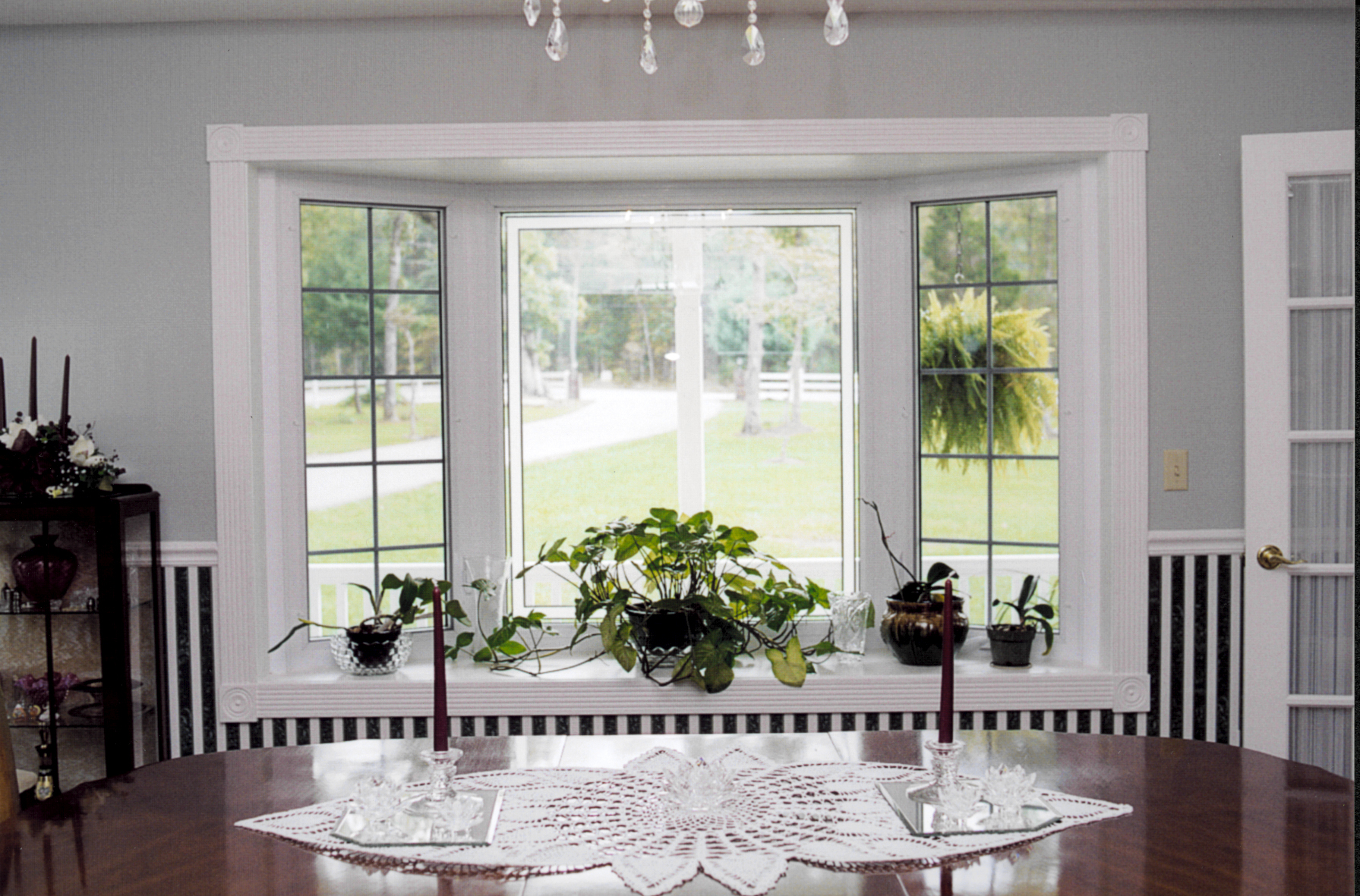 Bay windows american window industries for Bay window design
